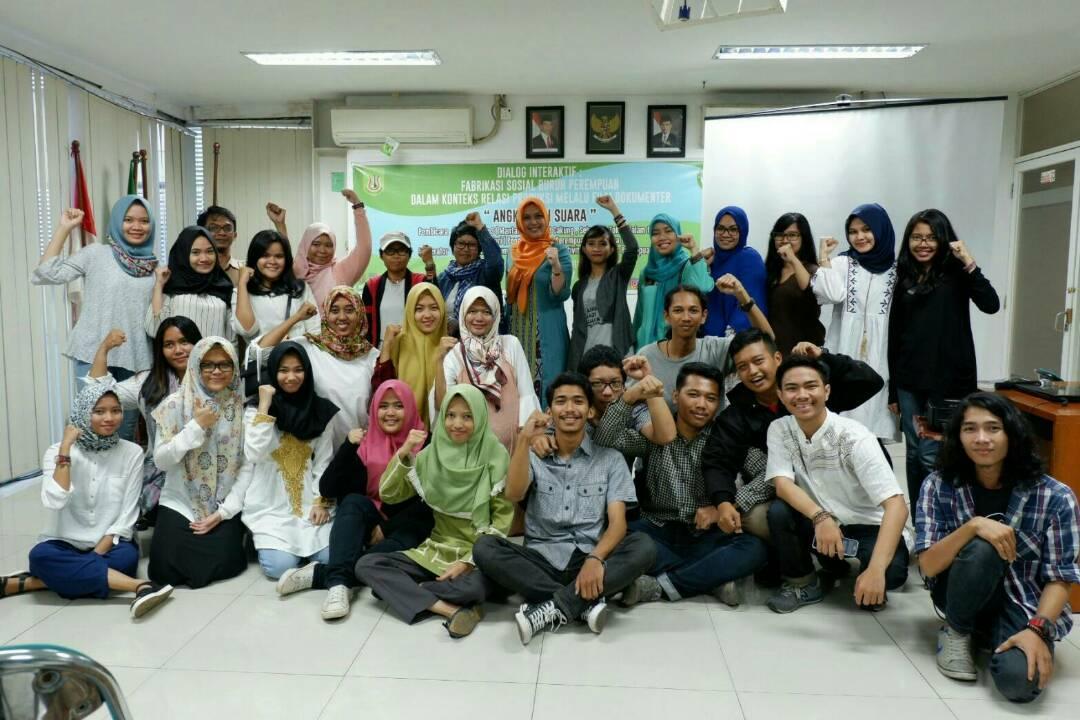 Belajar dan diskusi sosiologi UNAS